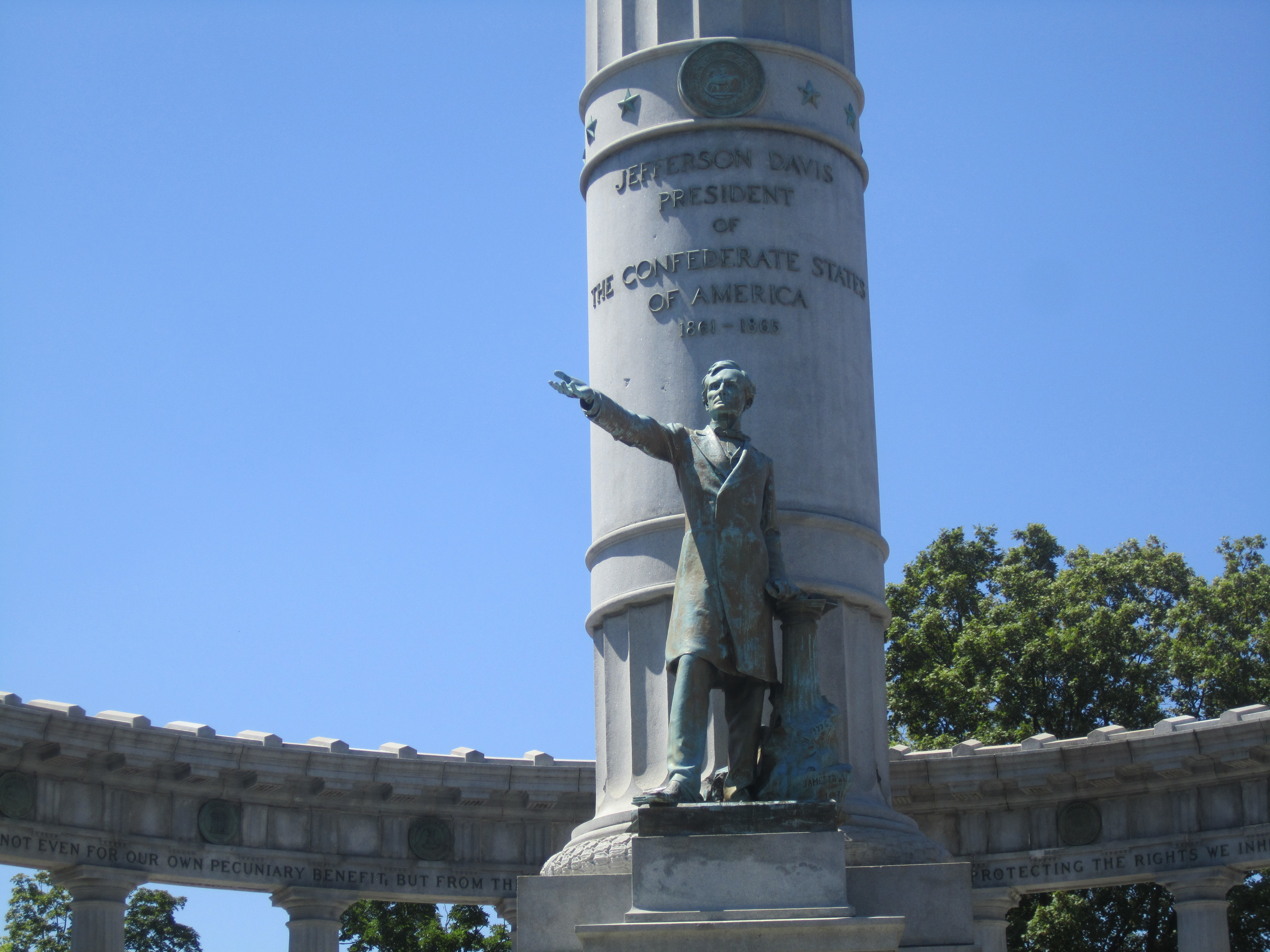 Jefferson_Davis_Monument,_Richmond,_VA_IMG_4066